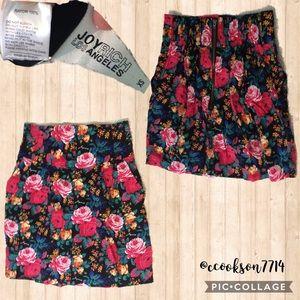 Joyrich floral print skirt sz xs -pockets! Euc